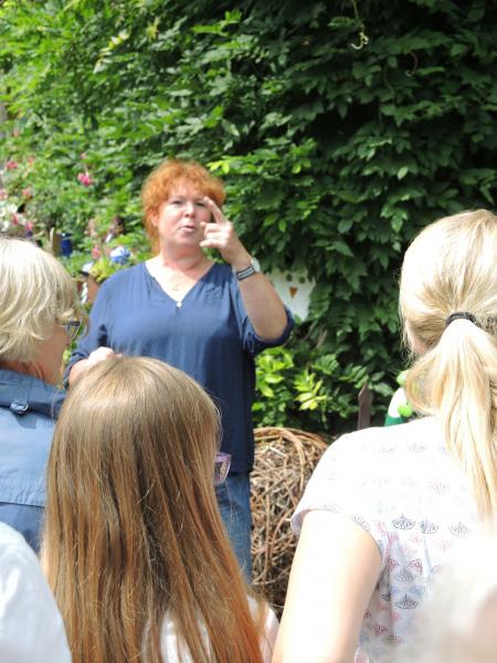 37_Im Bauerngarten von Frau Preisinger