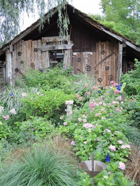 34_Im Bauerngarten von Frau Preisinger