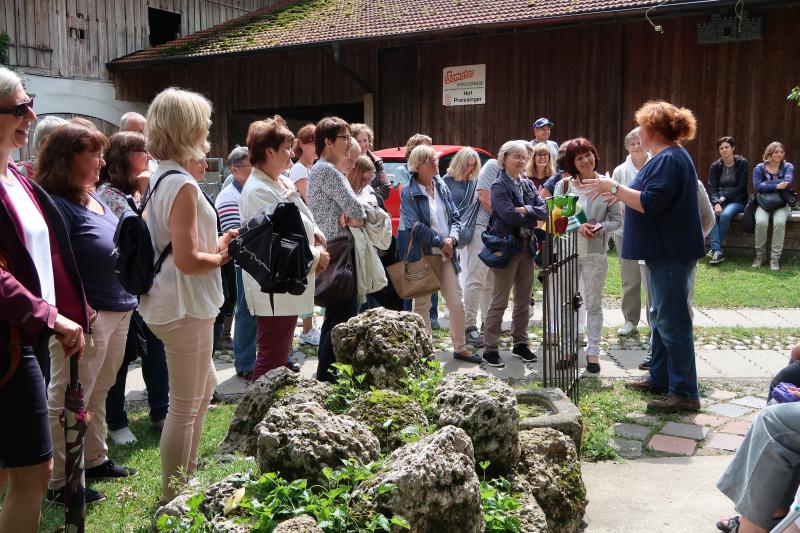 30_Im Bauerngarten von Frau Preisinger
