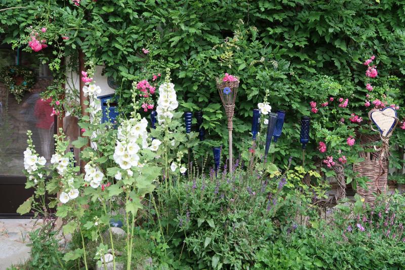 58_Im Bauerngarten von Frau Preisinger